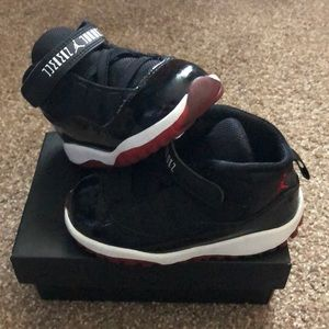 Jordan 11 Retro low BT